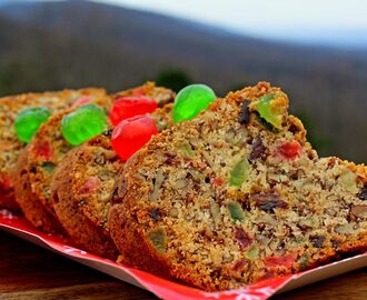 Pecan Fruitcake {The Best Fruitcake Ever!