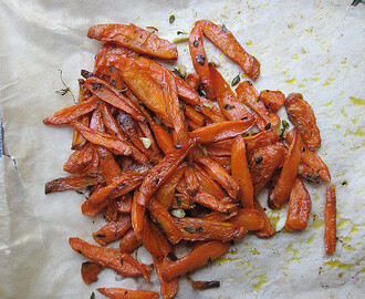 Roasted Carrots with Thyme 百里香红萝卜