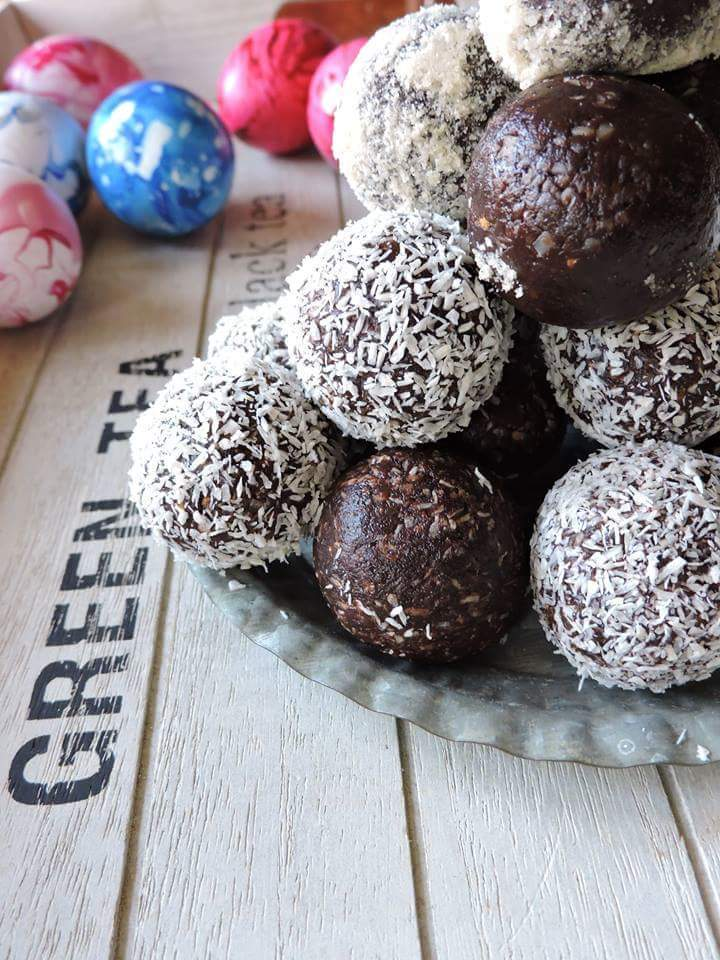 Bombones de chocolate y frutos secos (how to make no bake chocolate balls)