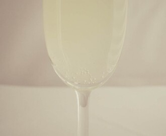 Recipe: French 75 Cocktail
