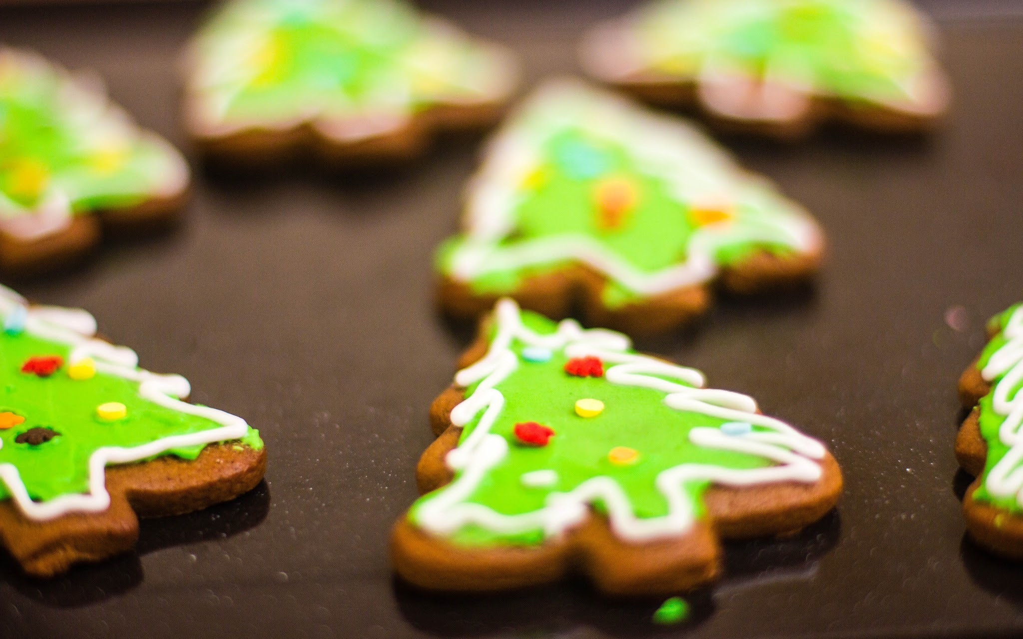 Chewy Gingerbread Cookies with Pandan Royal Icing