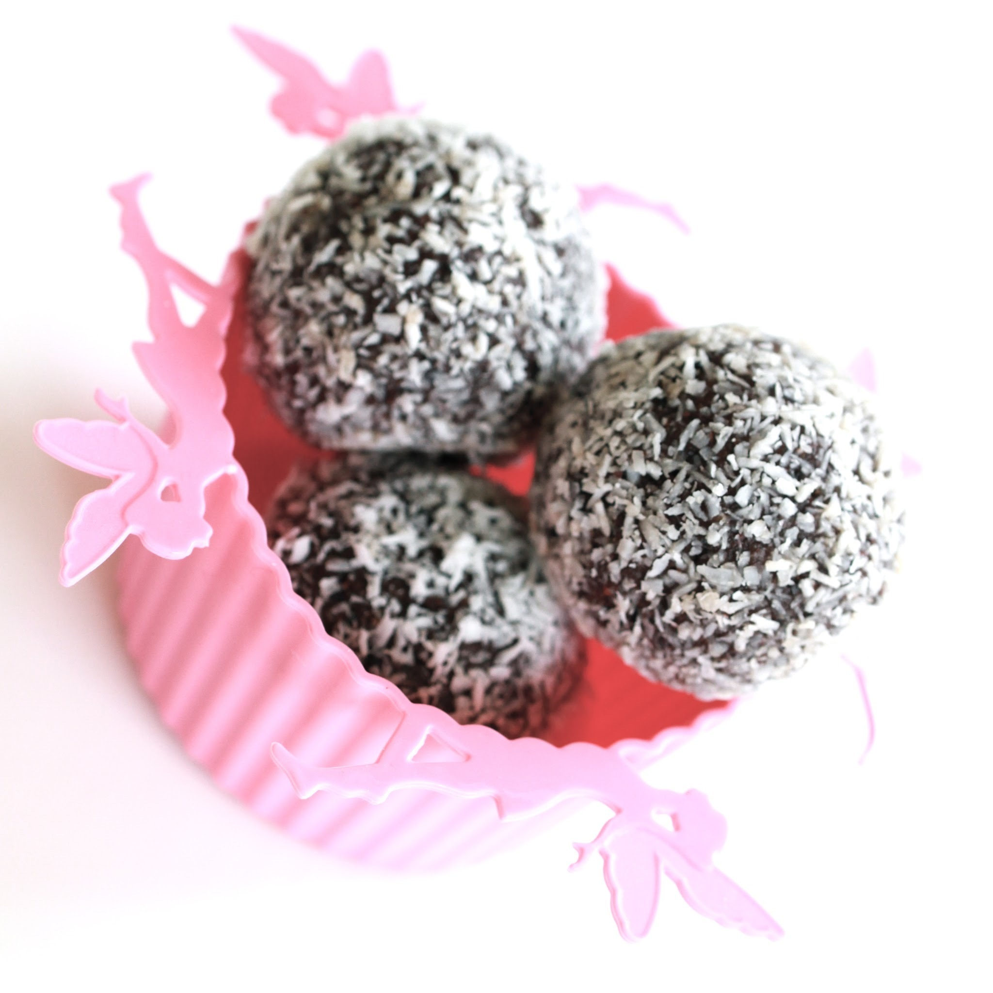 Quick choc-mint fix treat balls