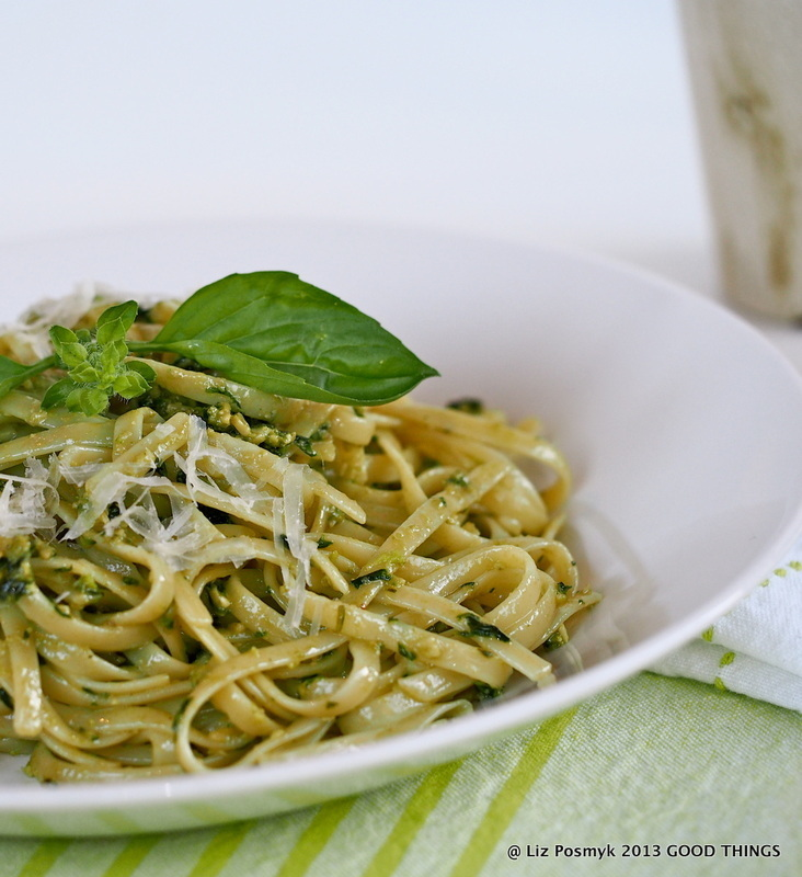 Pasta al pesto (recipe for summertime basil pesto)
