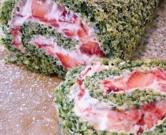 Spinach and Strawberry Swiss Roll - Veggie Desserts Cookbook