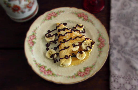 Crepes with banana and chocolate | Food From Portugal