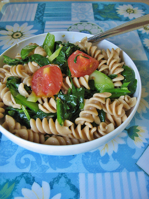 Salad Fusili, Gai Lan (Chinese Broccoli) & Tomatoes