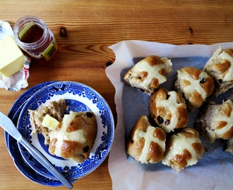 Easter filled with Chai Hot Cross Buns