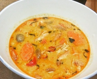 Slow cooked Thai chicken curry soup