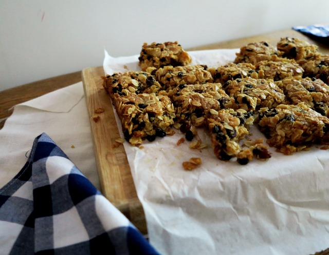 Pantry Staple – Honey Oat Bars