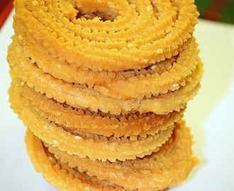 Rice and Gram Flour (Besan) Murukku