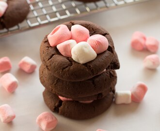Peppermint Chocolate Cake Batter Cookies