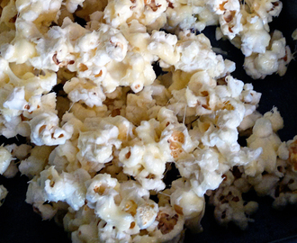 SRC - Snow White Popcorn Treats