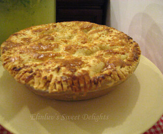 Apple Pie With Martha Stewart's Páte Brisée