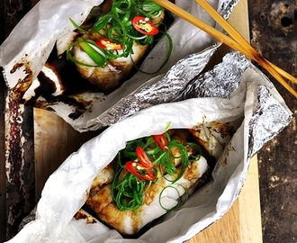 Fish Parcels with Ginger & Spring Onions Recipe