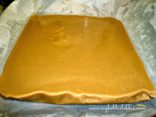 Week 2 of 12 Weeks of Christmas Treats: Easy Microwave Fudge