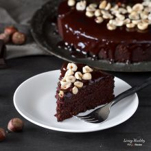Hazelnut and Chocolate Cake (Paleo, Gluten-free, Dairy-free)