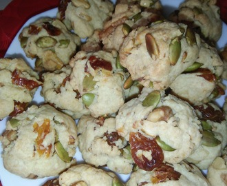 CNY 2017 - MELON SEEDS WALNUT COOKIES