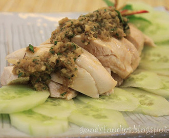 I cooked: Poached Chicken with Ginger-Thai basil sauce 白斩鸡