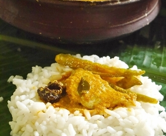 Kerala Fish Curry with Coconut Ground Paste and Malabar Tamarind/ Fish Coconut Curry Kerala Style (Fish in coconut Gravy)/ Meen Thenga Arachu Kudampuli Ettu Vechathu