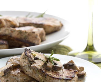 Pork Medallions with Creamy Rosemary Mushrooms