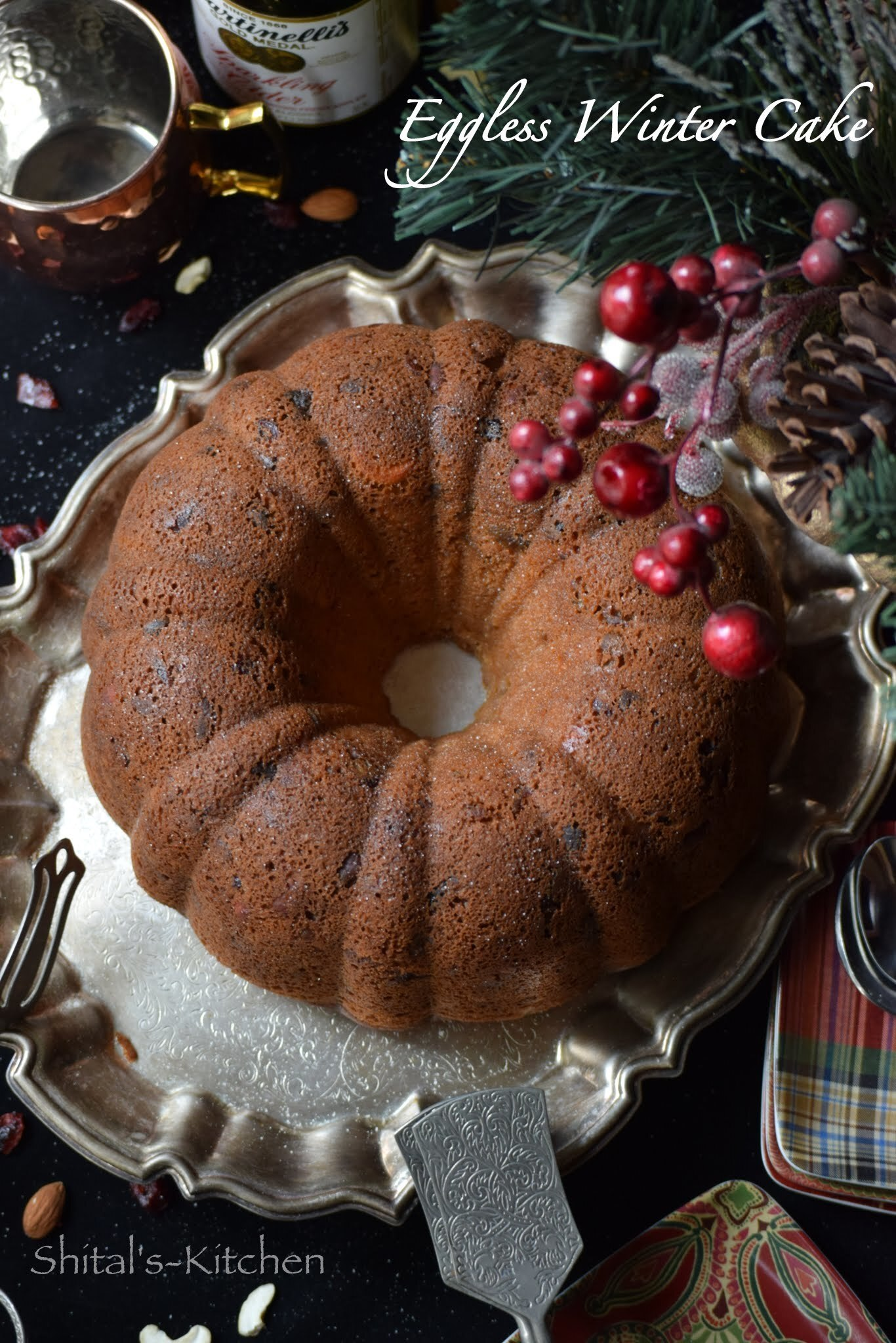 Eggless Winter Cake