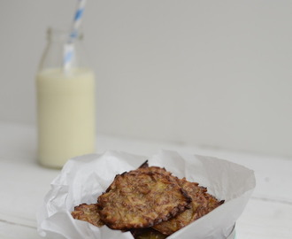 RECIPE: 2 Ingredient Coconut Cookies by Stacey Deutscher - A Healthy Mum