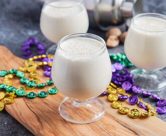 #SundaySupper Easy Mardi Gras Recipes: New Orleans Brandy Milk Punch