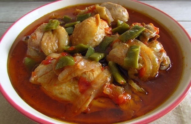Stewed chicken | Food From Portugal
