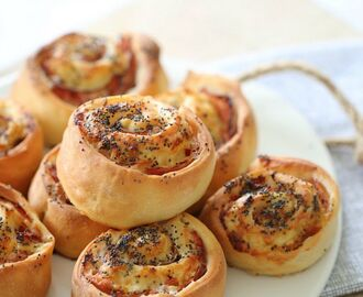 Thermomix Ham, Cheese & Mayo Scrolls