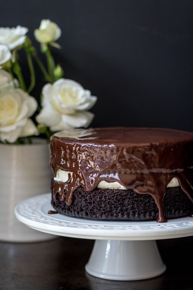 Rich Chocolate Cake with Creamy Vanilla Filling and Ganache