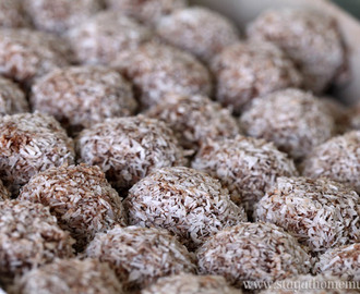 Traditional Rum Balls