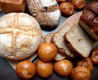 Our Daily Bread: A Baker's Dozen at Boulangerie 22...