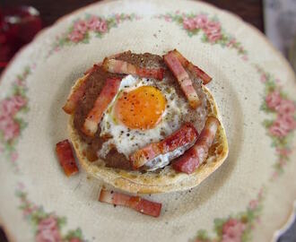 Burgers with egg and bacon