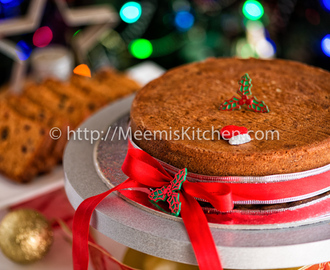 Traditional Christmas Plum Cake / Fruit Cake