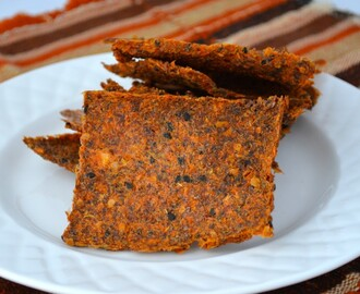 Raw Sun-Dried Tomato Crackers