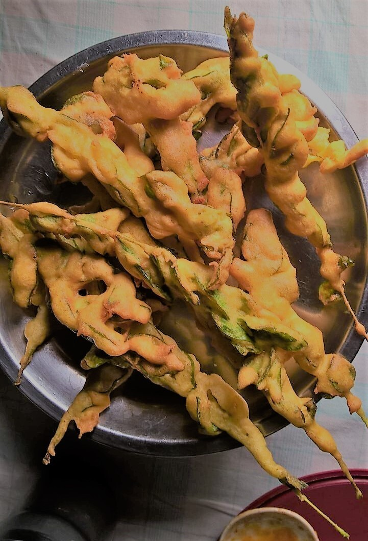 Curry Leaves Pakoda