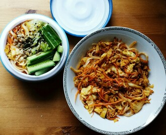 Packed Lunch Idea: Noodles and CabbageI'm continuing...