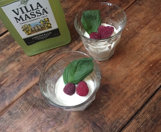 Snelle witte chocolademousse met Limoncello