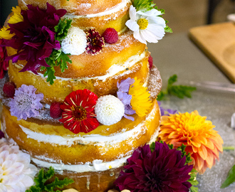 How to Make a Naked Wedding Sponge Cake with Passionfruit Curd and Fresh Cream