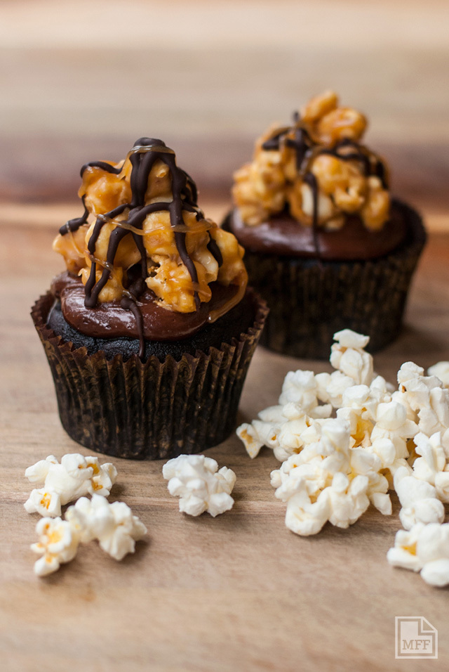 CUPCAKE MONTH: Popcorn Cup Cakes