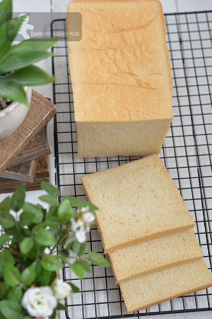 Japanese Shokupan Condensed Milk Sandwich Bread - Recipe Two: Soft, White and Chewy!