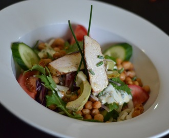 Cajun chicken, chickpea and avocado salad with lemon and chive crème fraiche dressing