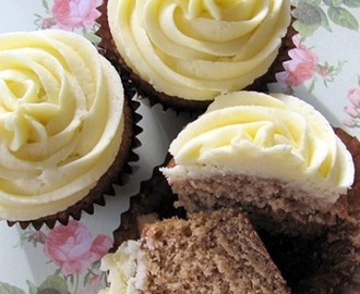 Ginger Cupcakes with Lemon Frosting
