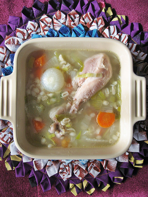 Chicken Barley Soup/ Light Stew 薏仁鸡汤