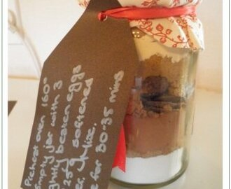 Brownie in a jar