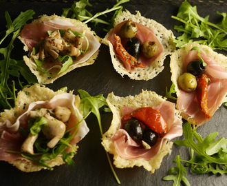 Puff pastry canapes recipes mytaste for Canape pastry shells