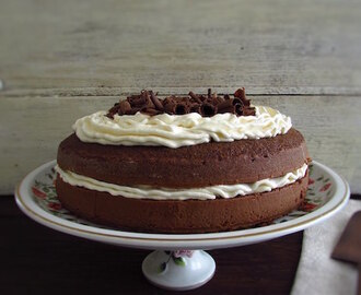 Chocolate cake with butter cream