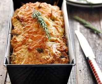 "Cheesy Rosemary and Pecan Damper Loaf – A No Knead ""Bread"" Recipe"