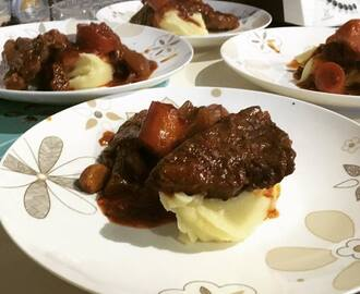 Slow cooked Italian beef pot roast ... on a bed of mashed potatoes in the Thermomix