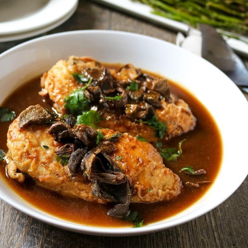Chicken Marsala with Roasted Asparagus #SundaySupper